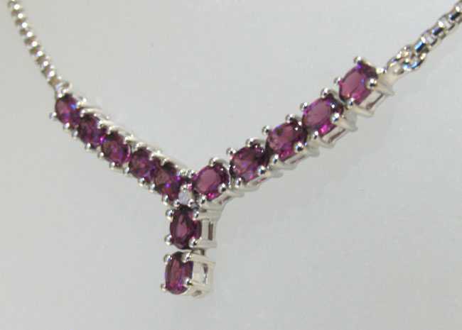 Garnet Necklace - Booth and Booth