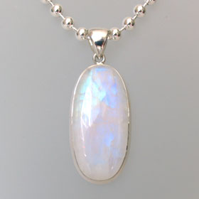 Rainbow Moonstone Pendant Monique