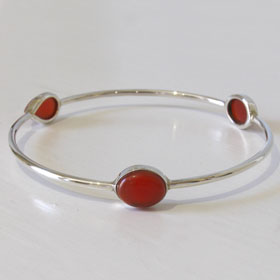 Red Onyx and Sterling Silver Bangle Giovanna