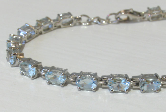 Aquamarine Bracelet - Booth and Booth