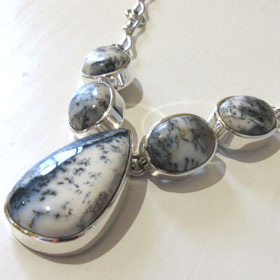 Dendritic Agate Necklace Bella