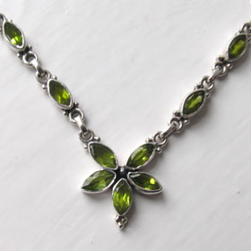 Peridot Necklace Isolde